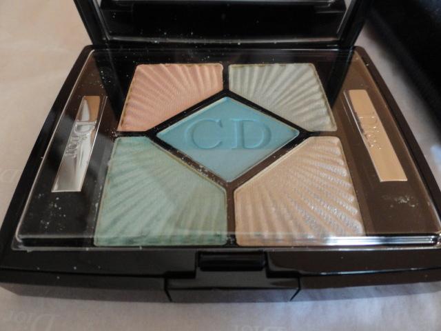 ほぼ未使用 アイシャドウ ディオール Dior サンク クルール 224 スイミング プール クロワゼット エディション 夏 化粧品 コスメ 青 ブルー