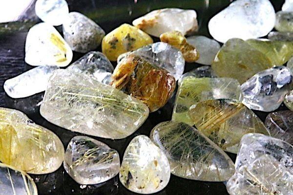 【送料無料】たっぷり 500g さざれ 小サイズ ミックス ルチル クオーツ 水晶 パワーストーン 天然石 ブレスレット 浄化用 さざれ石 ※5_画像3
