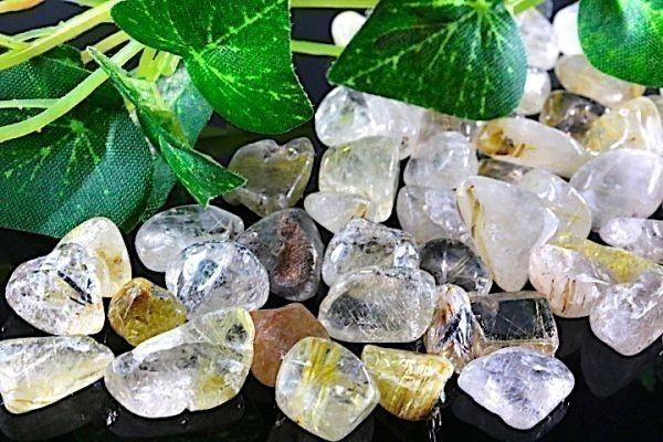 【送料無料】 200g さざれ 中サイズ ルチル & ガーデン クオーツ 水晶 パワーストーン 天然石 ブレスレット 浄化用 さざれ石 チップ ※5_画像4