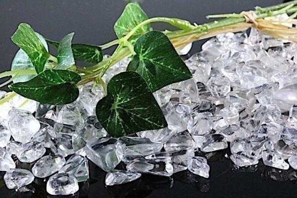 【送料無料】メガ盛り 800g さざれ 大サイズ AAAランク クオーツ 水晶 パワーストーン 天然石 ブレスレット 浄化用 さざれ石 チップ ※5_画像5