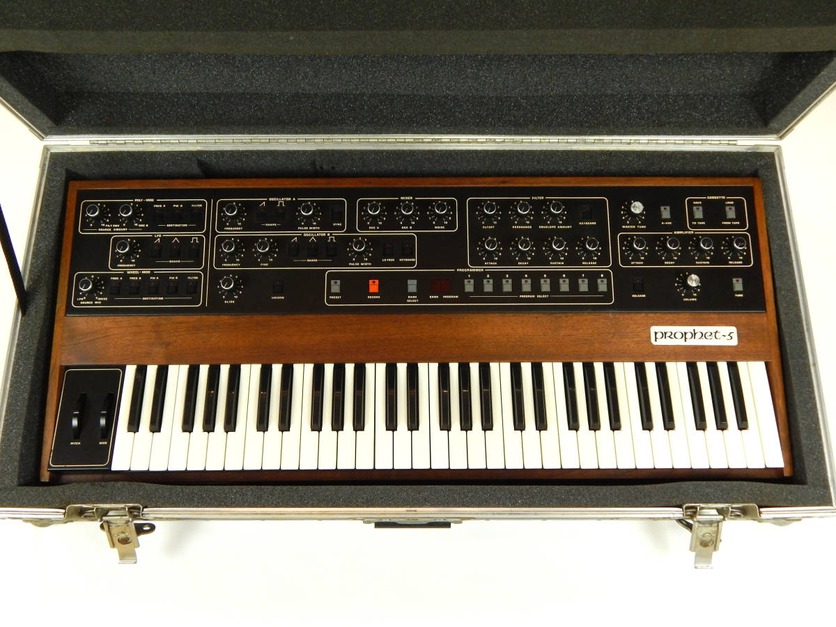 Sequential Circuits Prophet-5 Model 1000 Rev.3.3 MIDI有り メンテナンス済み アナログシンセ シーケンシャルサーキット プロフェット5