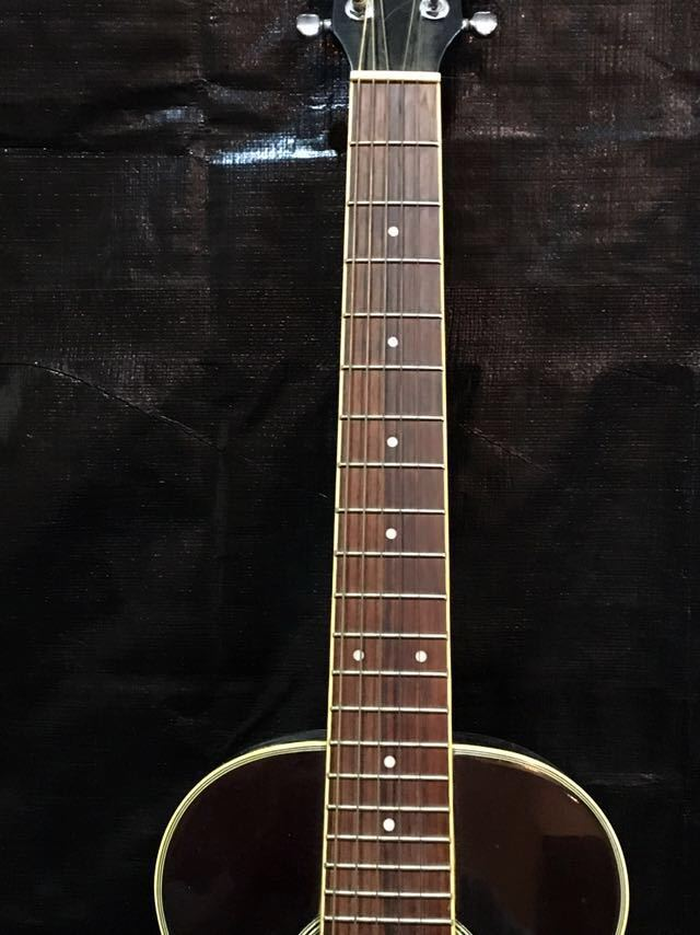 e16 必見 ! 中古品 現状品 KGarage CD-M180TBK アコースティックギター ケーガレージ 弦楽器 ケース付き !_画像4