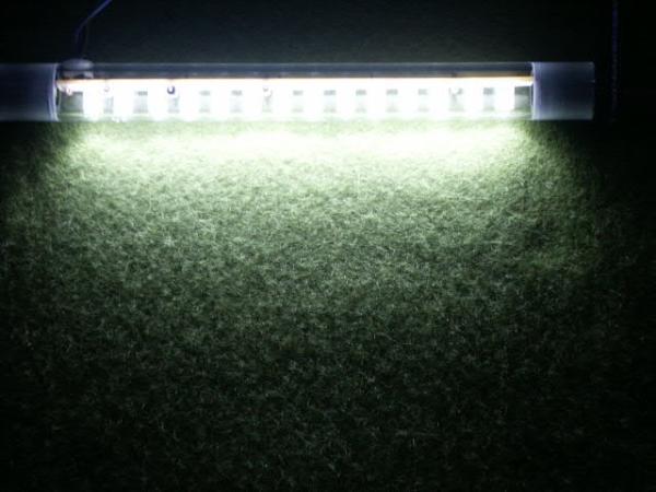 送料無料!LED14連装白色アクリル管軽トラ室内灯等に12V