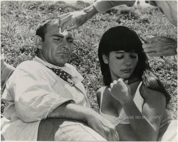 1967年 007は二度死ぬ 浜美枝 ショーン・コネリー フォト