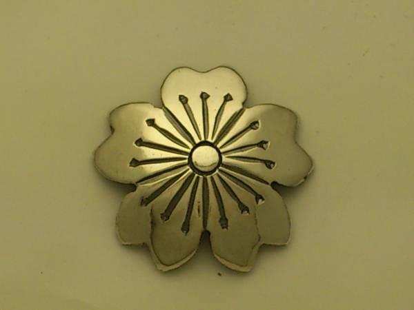 手彫り シルバー コンチョ 桜 20ミリ mss2 ネジ式