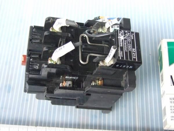 13-10/21 Fuji富士電機 直流電磁接触器 SB-2N/UL_画像3