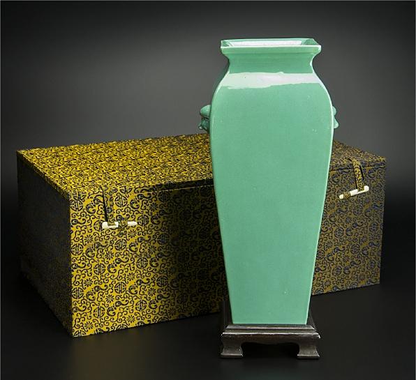 清 青釉方瓶 大清雍正年制款 共箱 中国 古美術_画像1