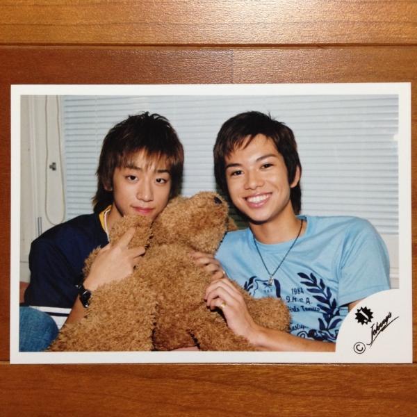 即決1000円★NEWS 公式写真 857★小山・加藤シゲアキ Jr. Jロゴ