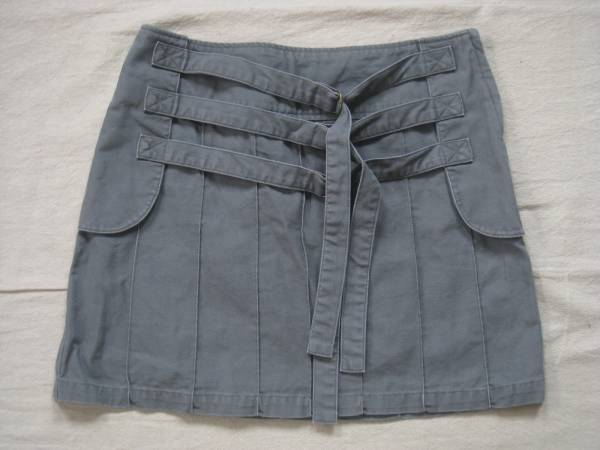 【良品!】 ◆ WH ◆ プリーツ風ミニスカート グレー系 61-89