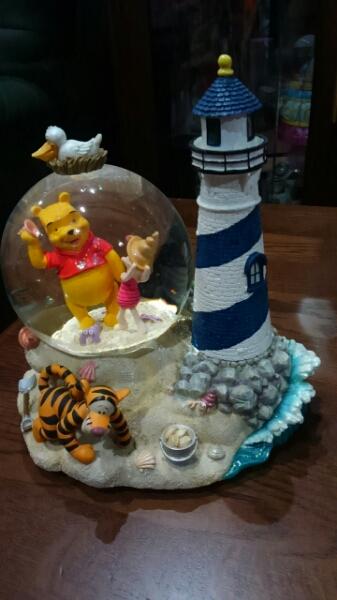 ◆プーさん&ティガー&ピグレットused スノーグローブ◆ ディズニーグッズの画像