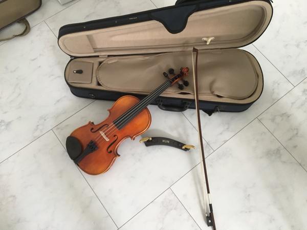 鈴木 スズキ バイオリン バイオリンセット 230 3/4 ケース肩当て_画像1