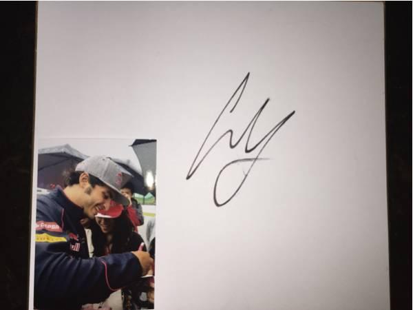 F1 鈴鹿 トロロッソ C.サインツ.Jr直筆サイン色紙(写真付き)_画像1