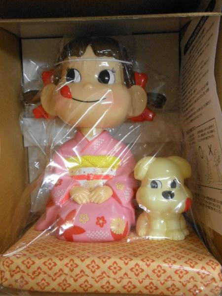 不二家ペコちゃん☆彡おすわり首ふり人形☆彡箱付未使用_画像1