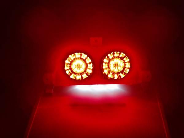 ・NSR250R(MC18) '88-'89 LEDテールランプユニット H2-A_実装しての発光写真です。