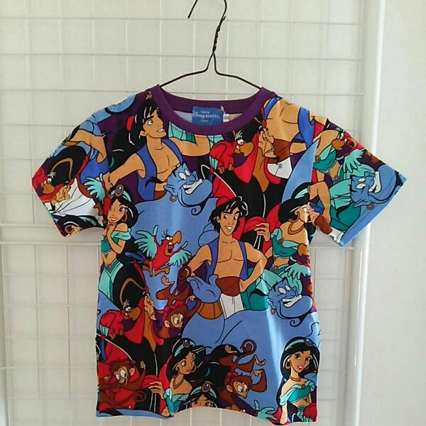 ディズニー アラジン ジャスミン Tシャツ 総柄 120 子供  ディズニーグッズの画像
