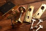 NO.923-S 古い真鍮鋳物の鍵付ドアノブ(50mm) 検索用語→Aアンティークビンテージ洋館扉ドア戸