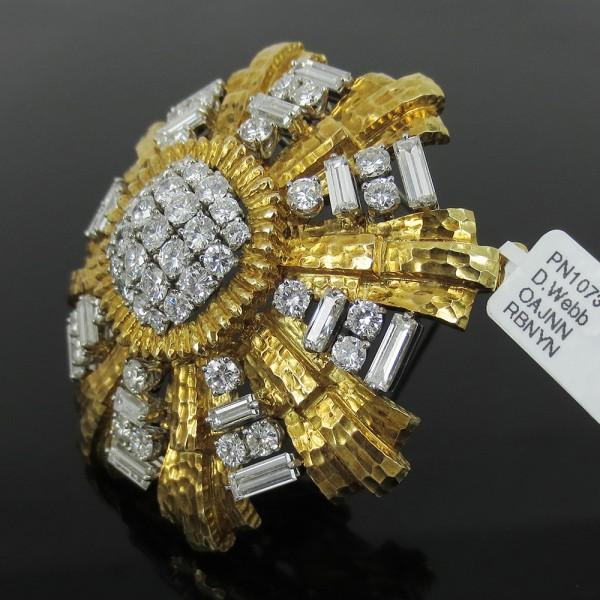 《David Webbダイヤモンド》18Kハンマー仕上ブローチ_画像2