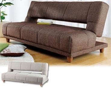 送料無料 布張りの柔らかい肌触りで リクライニング時の凹み (溝) を解消した新しいスタイルモデル。全ての贅沢に応えるソファーベッド