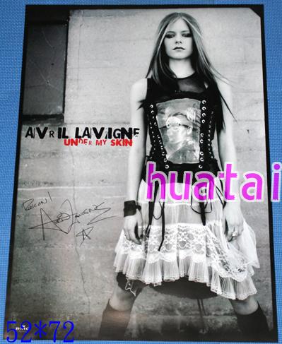 アヴリル・ラヴィーン Avril Lavigne Under My Skin告知ポスター