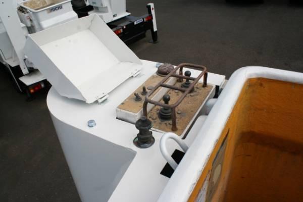 H12年9月キャンター高所作業車SK099・FRP150KGバケット_画像3