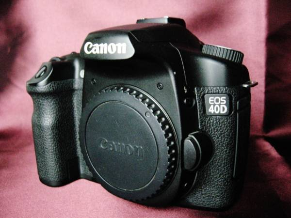 美品 動作確認済 Canon キャノン EOS 40D デジタル一眼 電池2個付 高感度・高解像度大型単板CMOSセンサー搭載 約1010万画素_約1010万画素