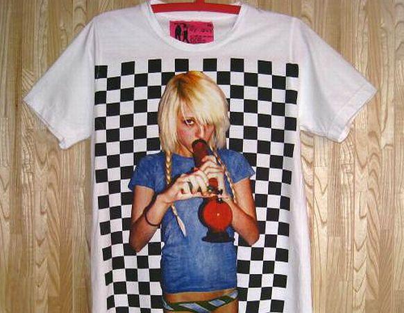 新品/マリファナ?水パイプを吸う女Tシャツ白LXL/ボング大麻(5)_画像1