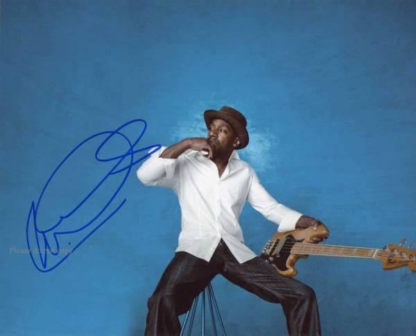 ベーシスト Marcus Miller マーカス・ミラー サイン フォト