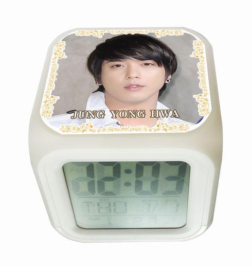 CNBLUE ジョンヨンファ 光デジタル置き時計 定形外可 002