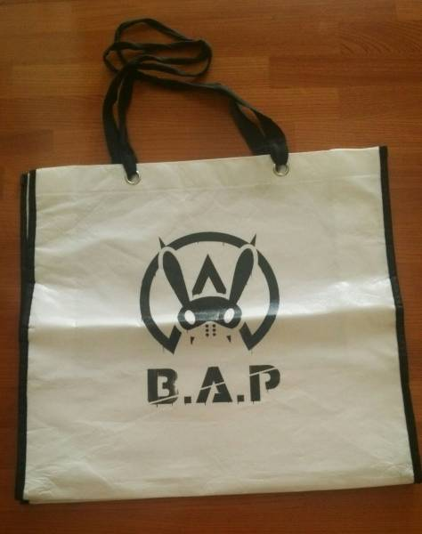 B.A.P 1st JAPAN Tour WARRIOR Begins 公式 テイクアウトバッグ
