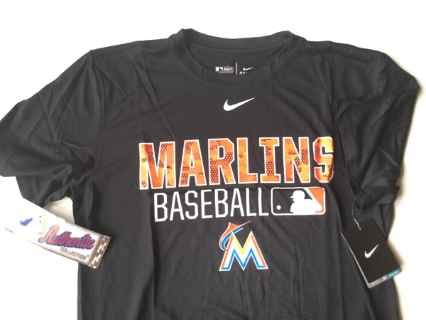 希少 MLB公認 NIKE Tシャツ マーリンズ 送料込み^_^ グッズの画像
