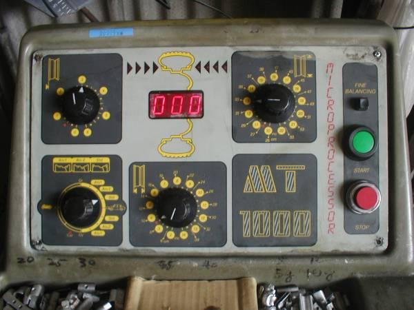 「モンドルフォホイールバランサーMONDOLFO MT1000 前面パネルのみ 壊れた方に どうぞ! (タイヤチェンジャー)」の画像