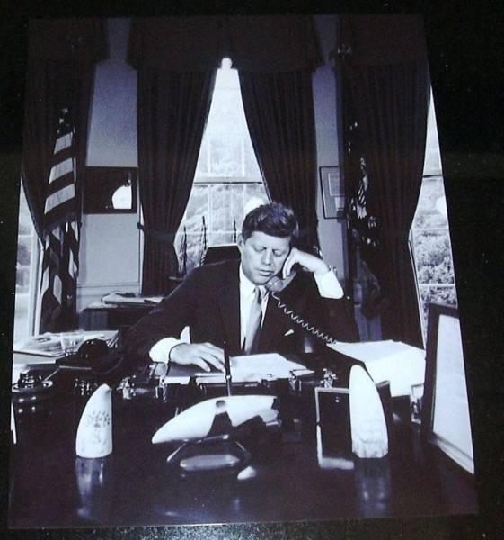 J F Kennedyケネディー大統領ホワイトハウス生写真 _画像2