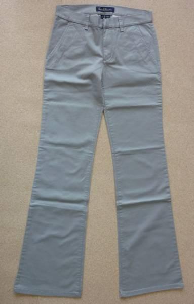 ♪Earl Jean ライトグレーのブーツカットパンツ サイズ27♪_画像1