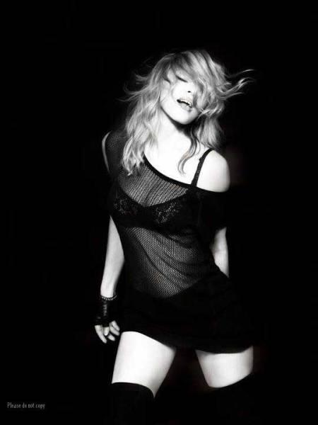 マドンナ Madonna アート フォト モノクロ カラー 2枚付き写真