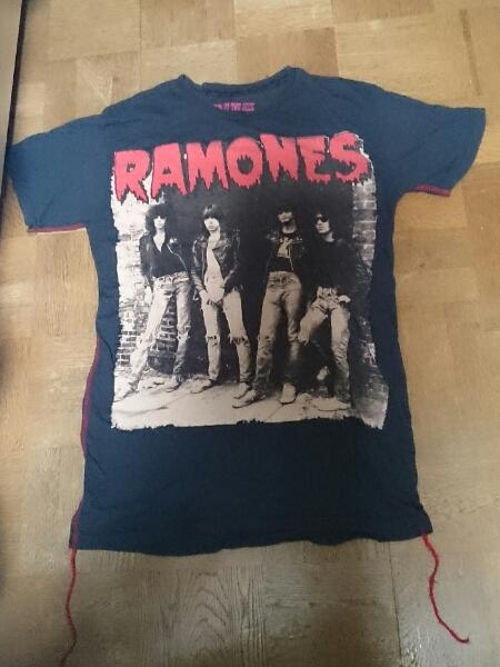HOUSE OF THE GODS RAMONES Tシャツ(黒)S ラモーンズ