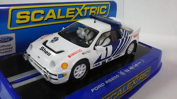 1/32スロットカー FORD RS200 #1