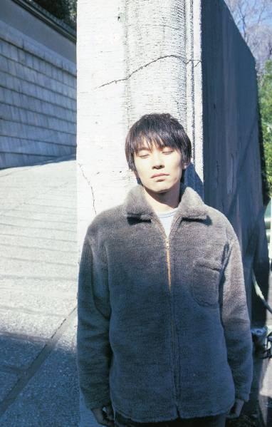 スピッツ 草野マサムネ★地味なバンドとしては、地味道を極めなきゃいけない インタビュー13ページ特集★aoaoya ライブグッズの画像