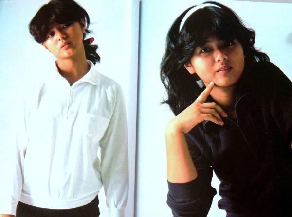 ★♪~即決、薬師丸ひろ子 愛蔵版写真集1980年/ひとりぼっちの空間飛行、最強アイドルの証明~♪★_画像2
