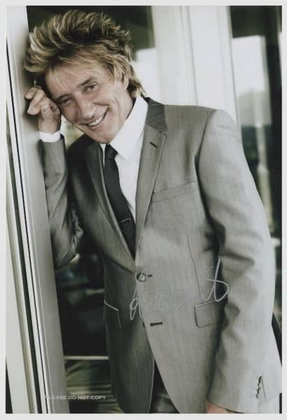 Rod Stewart ロッド・スチュワート サイン フォト 他、シンディー ローパーとの大きなサイズの写真1枚付き