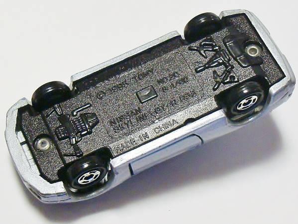 i2★トミカミニカー 日産スカイラインGT-R R33 覆面パトカー銀20_画像3