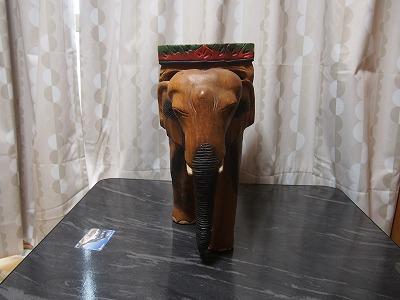 (アンティーク工芸品)木製手彫り象の置物_画像3