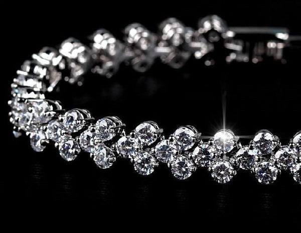期間限定 豪華 結婚式 パーティー CZダイヤモンド  キュービックジルコニア テニスネックレス _画像6