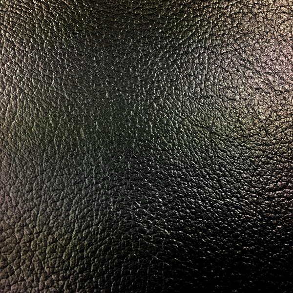 【貼れるレザー】黒色ビニールレザー【20cm×30cm】裏面シール加工で施工も楽々【送料無料】シンコール オールマイティー JABIA難燃_画像3