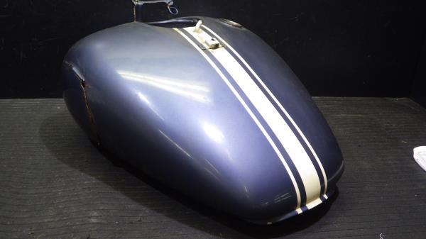 ヤマハ ドラッグスター400 4TR 燃料タンク Y120-63_画像2