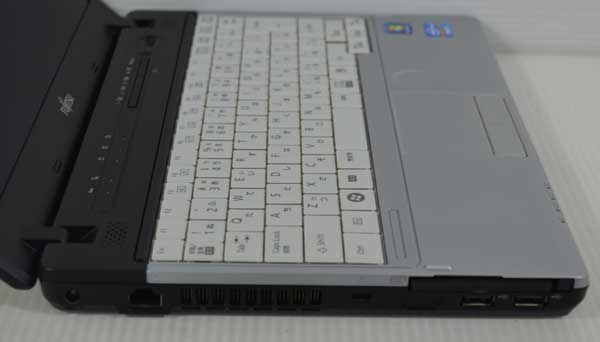 31W7 富士通 LIFEBOOK P771/D Core i5 2520M 2.50GHz 2GB SSD 128GB windows 7 Professional 64bit WiFi DtoDリカバリ ディスク作成可能_画像5