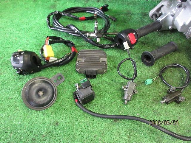 エプシロン(CJ43B)純正実働エンジン、好調!距離5331㎞☆スロットル、クリーナー、ハンガー電装系セット☆スカイウェーブ250(CJ43A)_画像2