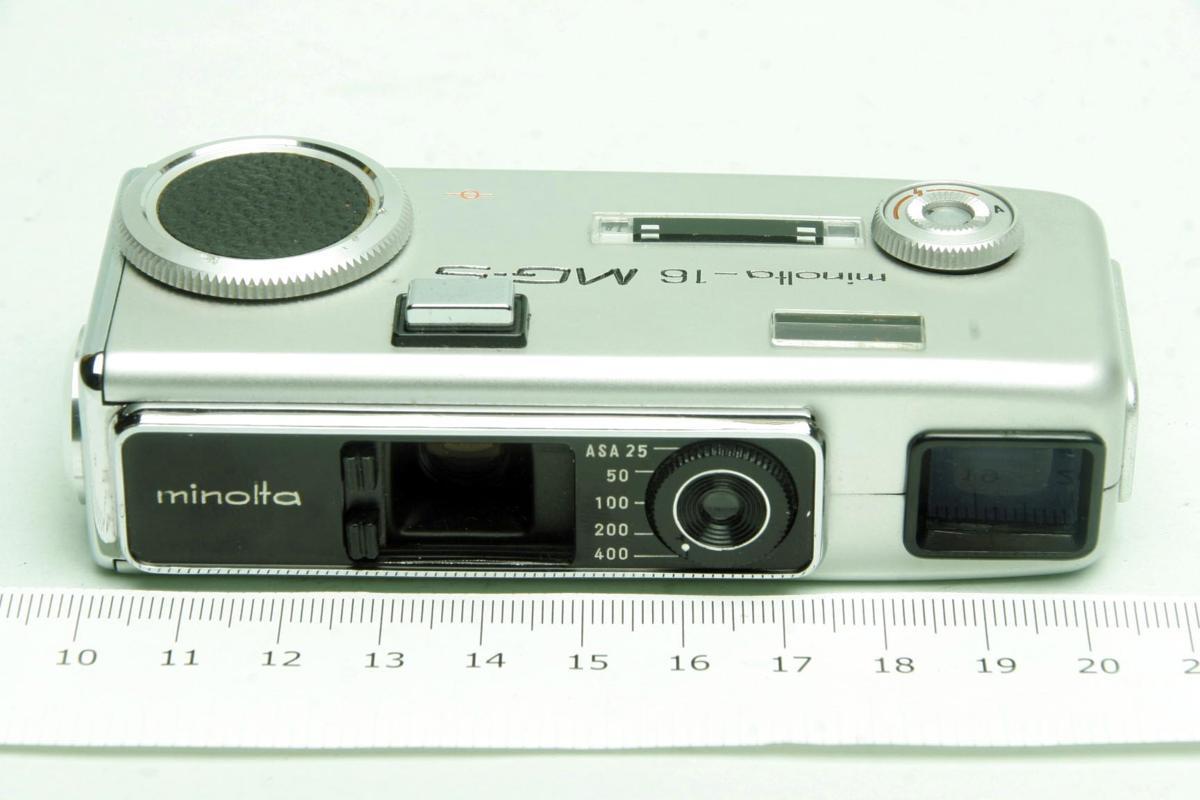 ※ ショーケース内展示品 レア コンパクトカメラ ミノルタ 16 MG-S 16MG S 23mm ロッコール ケース付 sa6322_画像2