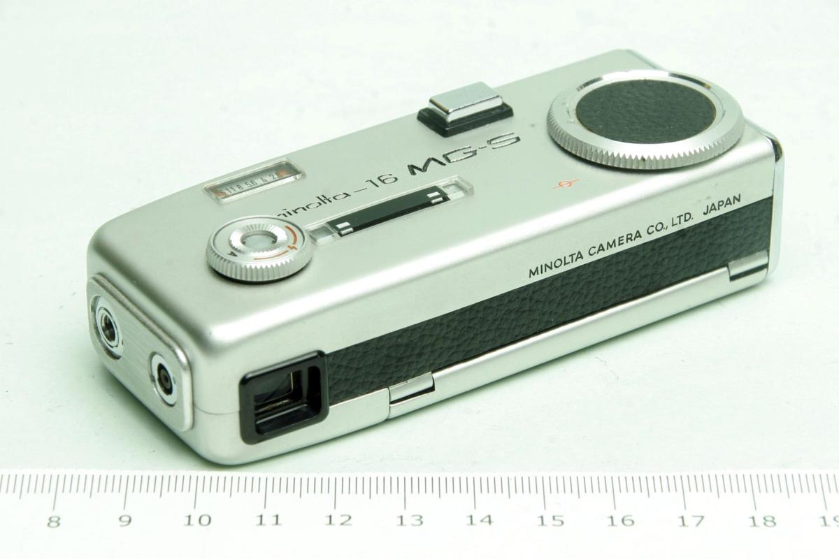 ※ ショーケース内展示品 レア コンパクトカメラ ミノルタ 16 MG-S 16MG S 23mm ロッコール ケース付 sa6322_画像3