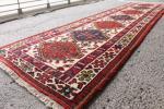 すらっーーと伸びたランナータイプ 手織り絨毯 269cm インド産 ヴィンテージ マジックカーペット インテリア ボード前に ウール HIRL6589
