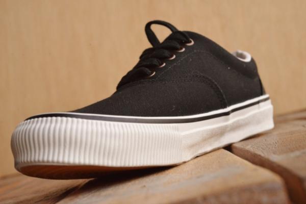 正規 AVIREX U.S.A. ASTRO スニーカー デッキシューズ スリッポン メンズ 靴 新品 AV3623 ブラック/カモ 26.5cm_画像5